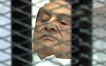 L'ancien président égyptien Hosni Moubarak sera rejugé