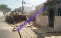 DIAPO Opération de déguerpissement : les bulldozers sèment désolation et tristesse à Castor-Dieuppeul