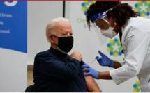 États-Unis: le président élu Joe Biden se fait vacciner devant les caméras