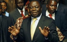 Zimbabwe : pas de motif officiel de l'arrestation des quatre proches du Premier ministre