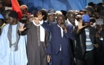 Bras de fer Etat & Pds : Karim Wade et Cie bloqués à l'aéroport