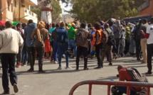 """Tribunal de Dakar: des manifestants veulent y accéder pour """"libérer"""" Sonko"""