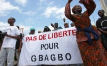 On manifeste à Abidjan pour contester la demande de la CPI d'étayer le dossier Gbagbo