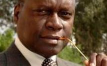 """Saint-Louis: Pierre Atepa Goudiaby présente son oeuvre """"oser"""" pour un Sénégal émergent dans 10 ou 12 ans"""