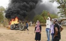 Mali: à Kidal, autorités et MNLA tentent d'apaiser les tensions