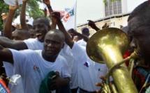 La jeunesse ivoirienne tente d'aller au-delà de la bataille politique