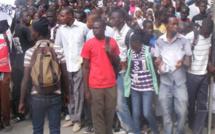Les diplômés chômeurs protestent aujourd'hui à la Place de l'Obélisque