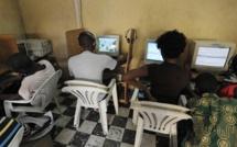 Réseau Facebook: changement de pseudos, demandes d'ajouts...les jeunes parlent