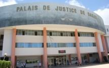 Les travailleurs de la justice en grève pour protester contre l'incarcération d'un des leurs