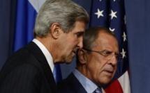 Syrie: John Kerry et Sergueï Lavrov reprennent leurs discussions à Genève
