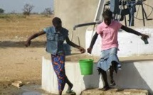 Pénurie d'eau à Dakar : Avec la nappe contaminée, les populations qui se rabattent sur les puits et pompes «jambaar » se frottent aux maladies