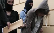 Grèce: La soudaine rapidité de la justice tourne à la précipitation