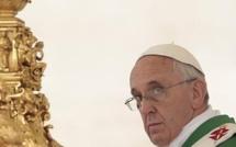 A Assise, le pape François plaide en faveur d'une Eglise dépouillée et solidaire