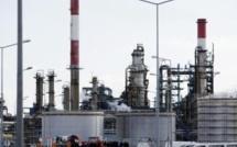 Quatre des cinq raffineries françaises du groupe pétrolier Total en grève