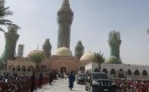 Magal Touba : Macky Sall, le Premier Président du Sénégal qui a osé garer ses voitures dans l'enceinte de la Grande Mosquée