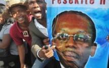 Haïti: des proches de l'ex-président Aristide inculpés du meurtre d'un journaliste