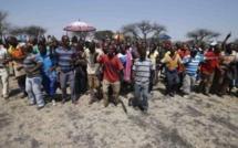 Afrique du Sud : reprise des négociations avec les salariés du platine en grève