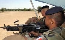 Terrorisme et piraterie au menu de la tournée africaine de Le Drian