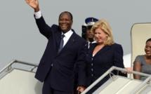 Le président Ouattara accueilli à Abidjan par une foule immense