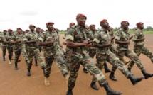 Au Mali, les parents de bérets rouges disparus réclament justice