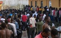 Maroc: 500 migrants forcent le passage pour entrer à Melilla