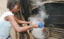 Kenya: plus de soixante personnes tuées par de l'alcool frelaté