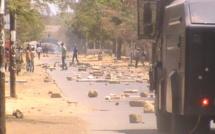 Chaude journée à l'UCAD ce matin : bras de fer entre étudiants et forces de l'ordre se poursuit