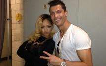 CDM 2014 : Rihanna console Ronaldo