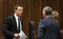 Oscar Pistorius est mobile sans ses prothèses, assure le procureur