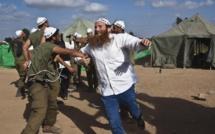 Gaza: Hamas et Israël persistent à vouloir faire parler les armes