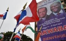 François Hollande en tournée pour trois jours en Afrique de l'Ouest