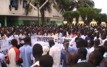 Mort de Bassirou Faye : l'hommage touchant des étudiants à l'Ucad