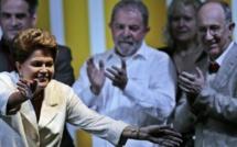 Brésil: la présidente Dilma Rousseff réélue de justesse