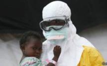 Ebola : 'la fin, pas avant fin 2015'