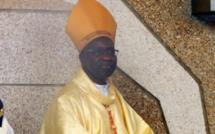 """""""Fixez votre regard sur Jésus pour ne pas tomber dans le théâtre, l'hypocrisie ou l'acharnement"""", Cardinal Sarr"""