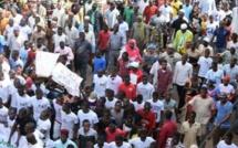 """Bamako : Des milliers de personnes marchent à l'appel de l'opposition, pour dénoncer """"les dérives du régime au pouvoir"""""""
