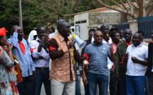 Vidéos-sit-in des journalistes de Nouvel Horizon : Le Synpics charge Laye Bamba